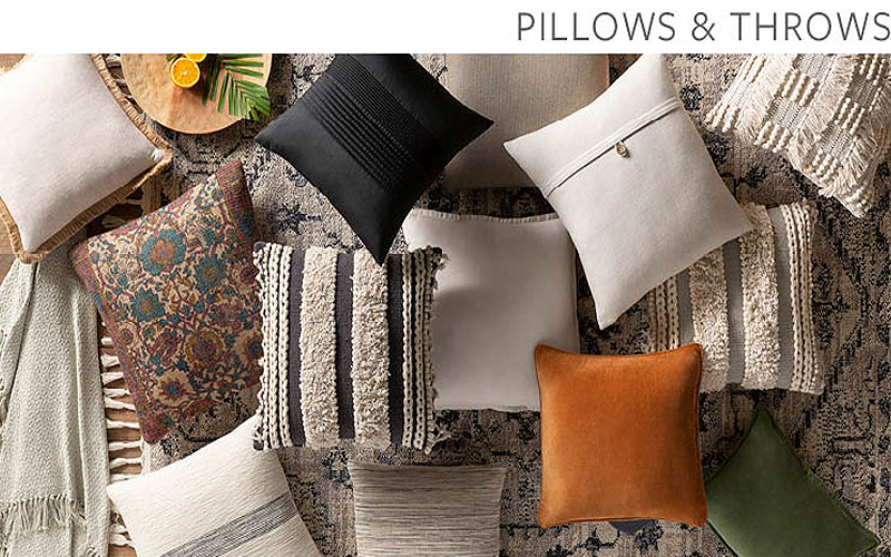 Up to 40% Off on Decorative Indoor Throws & Pillows